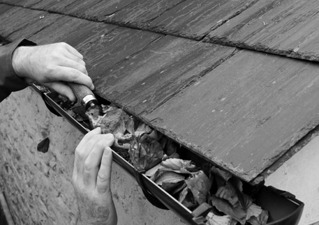 Eavestrough Cleaning Service